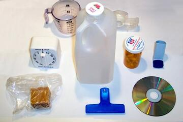 Plastic household items made using petroleum. Image from Wikipedia (http://en.wikipedia.org/wiki/File:Plastic_household_items.jpg).