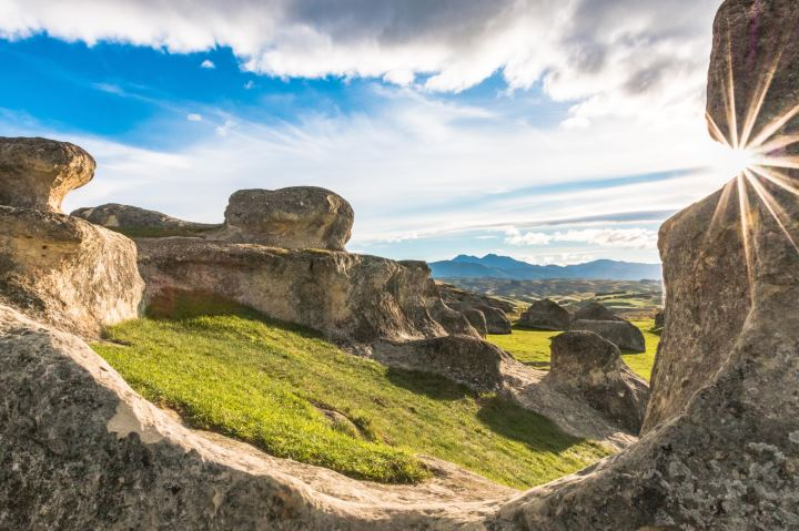 The Elephant Rocks near Duntroon in North Otago are a collection of large weathered limestone rocks. The wider area around Duntroon is known for its interesting geology and preserved fossils.
